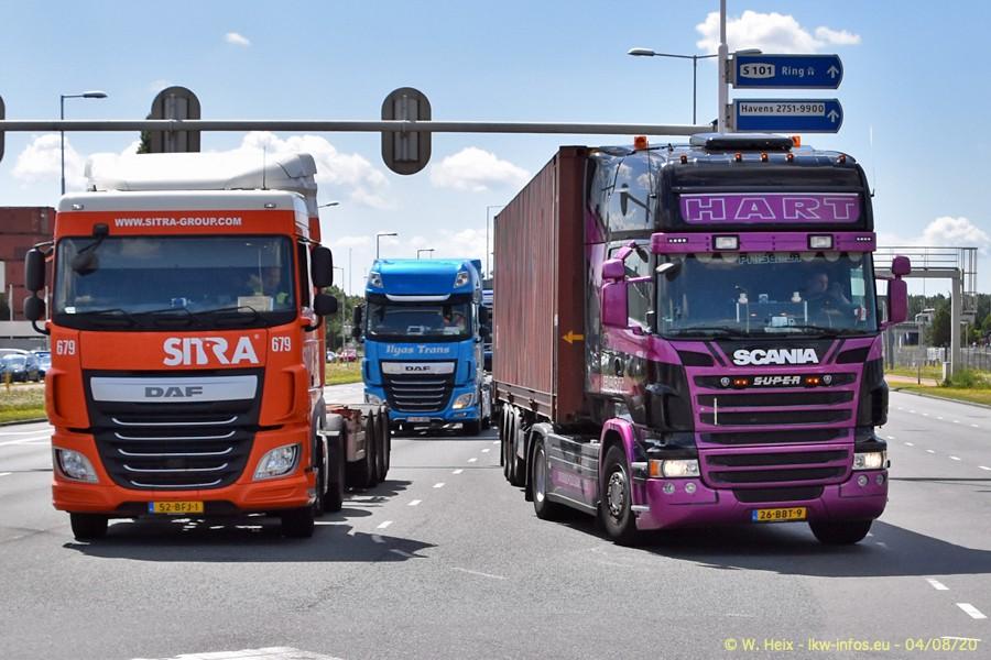 2020816-Rotterdam-Containerhafen-00742.jpg