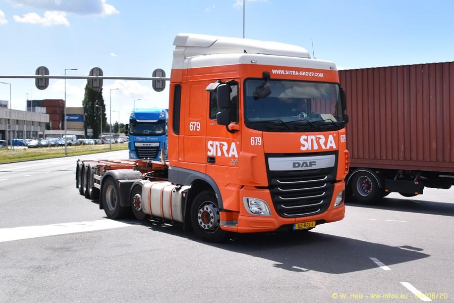 2020816-Rotterdam-Containerhafen-00743.jpg