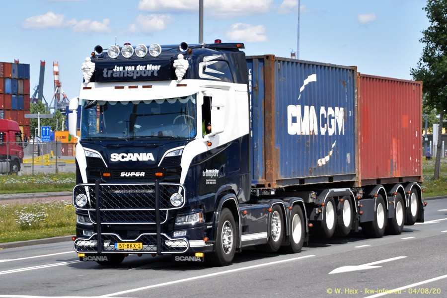 2020816-Rotterdam-Containerhafen-00764.jpg