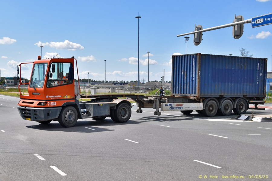 2020816-Rotterdam-Containerhafen-00772.jpg
