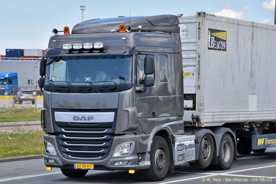 2020816-Rotterdam-Containerhafen-00786.jpg
