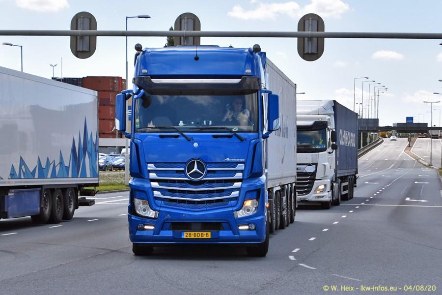 2020816-Rotterdam-Containerhafen-00789.jpg
