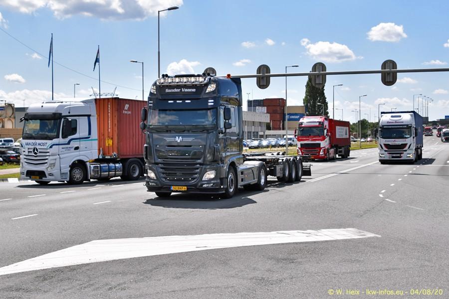 2020816-Rotterdam-Containerhafen-00831.jpg