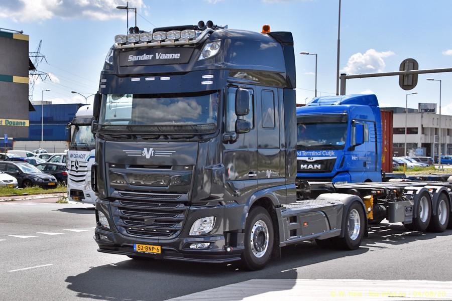 2020816-Rotterdam-Containerhafen-00832.jpg