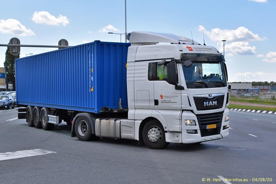 2020816-Rotterdam-Containerhafen-00842.jpg