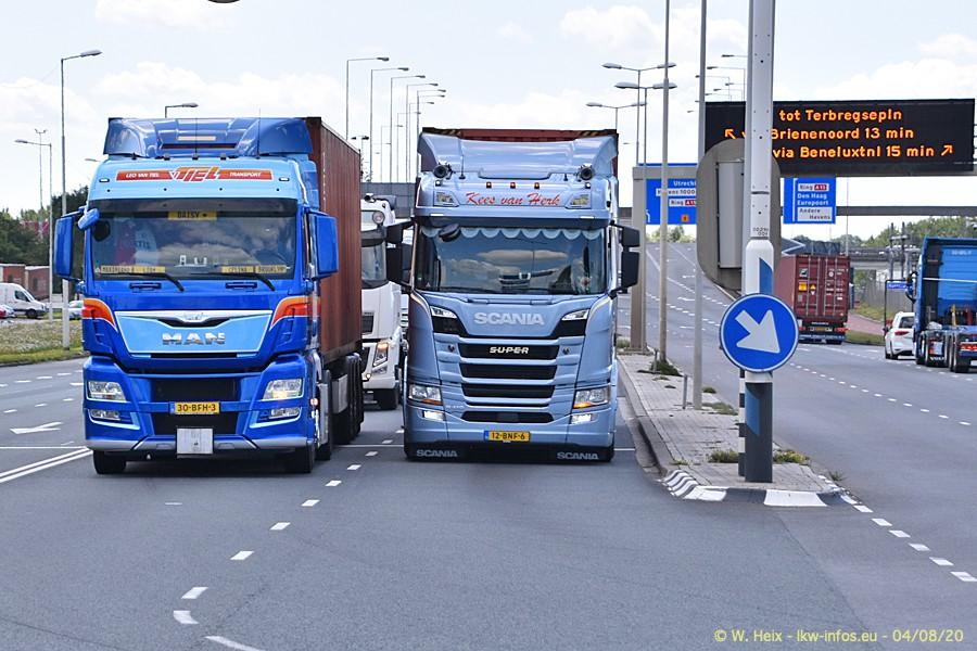 2020816-Rotterdam-Containerhafen-00844.jpg