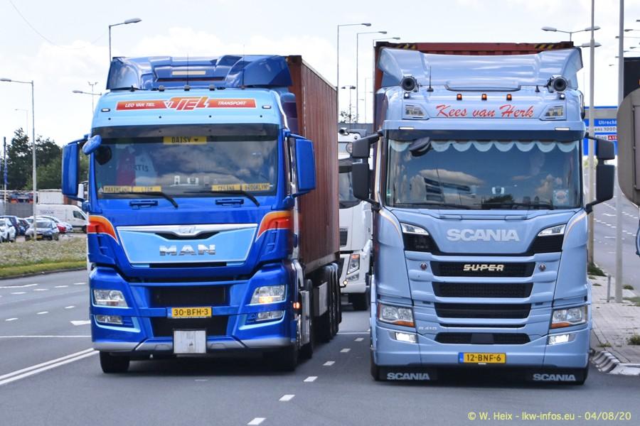 2020816-Rotterdam-Containerhafen-00845.jpg