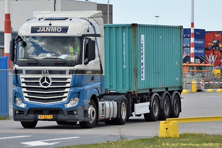 2020816-Rotterdam-Containerhafen-00850.jpg