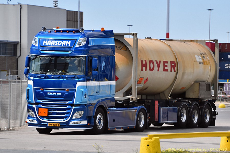 2020816-Rotterdam-Containerhafen-00871.jpg