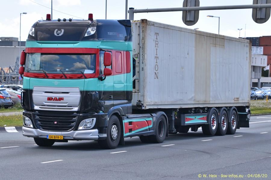 2020816-Rotterdam-Containerhafen-00887.jpg