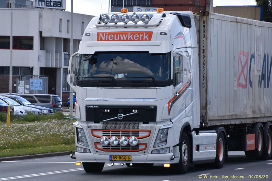 2020816-Rotterdam-Containerhafen-00889.jpg