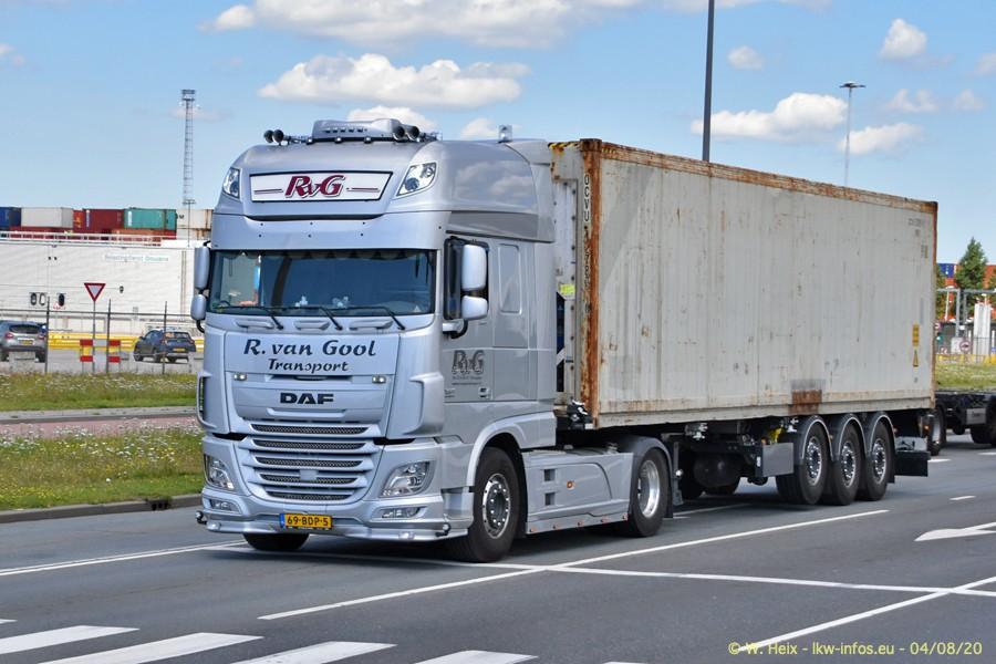 2020816-Rotterdam-Containerhafen-00895.jpg