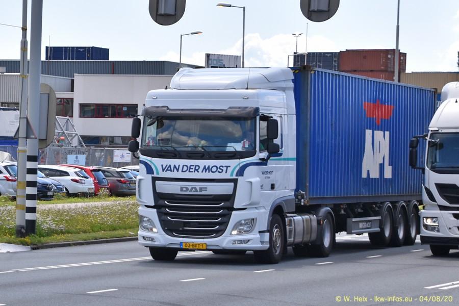 2020816-Rotterdam-Containerhafen-00899.jpg