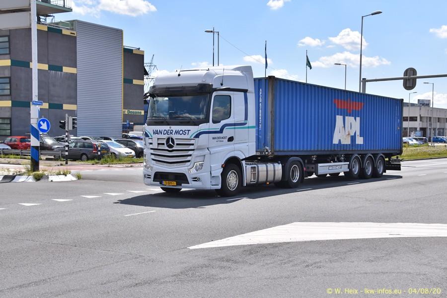 2020816-Rotterdam-Containerhafen-00927.jpg