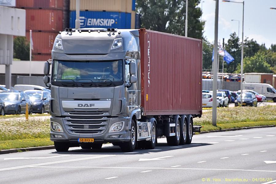 2020816-Rotterdam-Containerhafen-00928.jpg