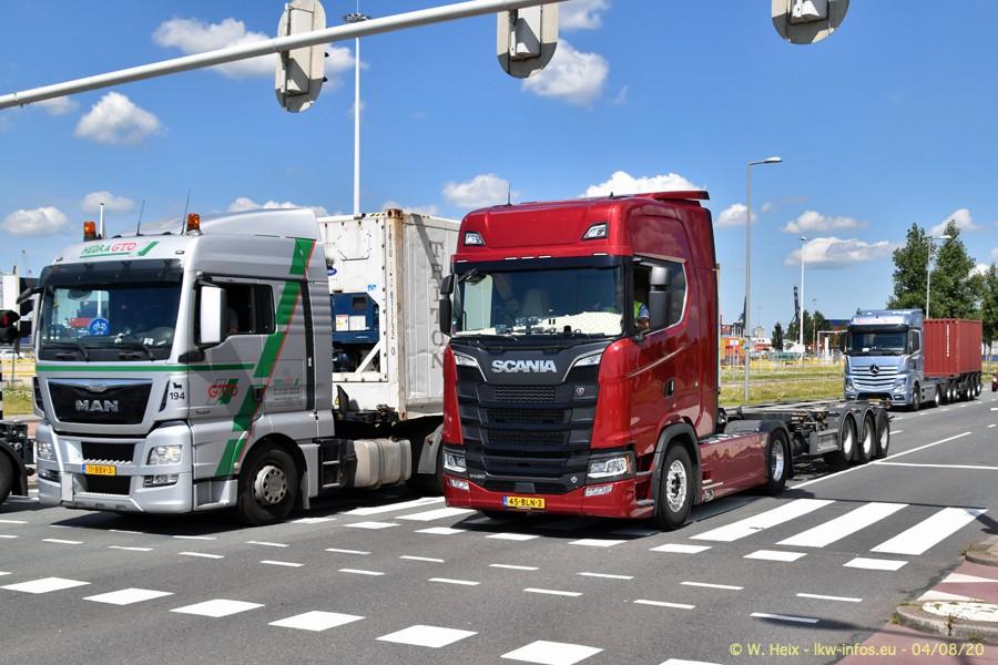 2020816-Rotterdam-Containerhafen-00935.jpg