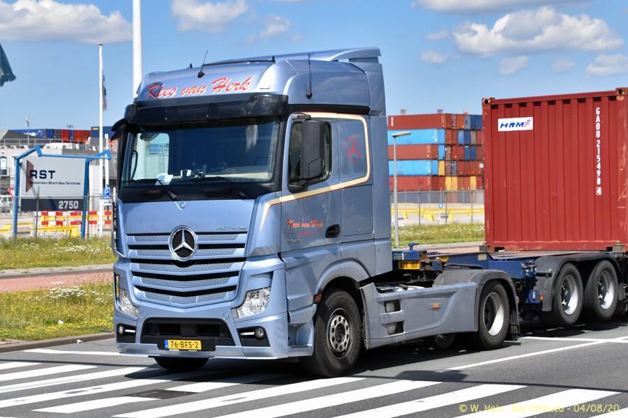 2020816-Rotterdam-Containerhafen-00937.jpg