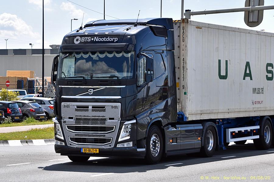 2020816-Rotterdam-Containerhafen-00939.jpg