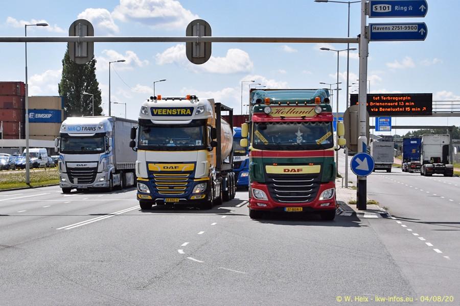 2020816-Rotterdam-Containerhafen-00940.jpg