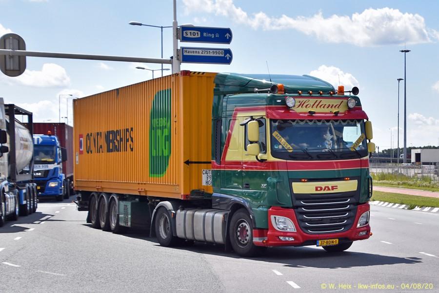 2020816-Rotterdam-Containerhafen-00942.jpg