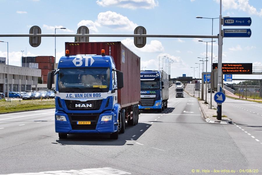2020816-Rotterdam-Containerhafen-00946.jpg