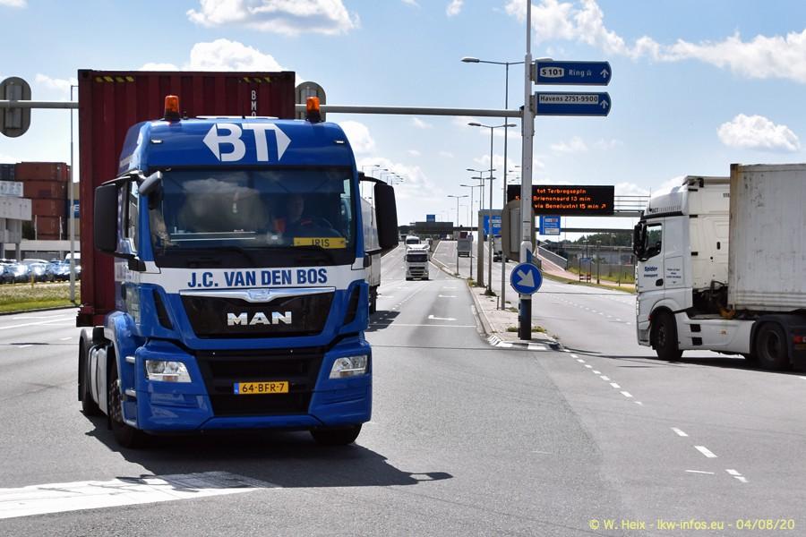 2020816-Rotterdam-Containerhafen-00947.jpg