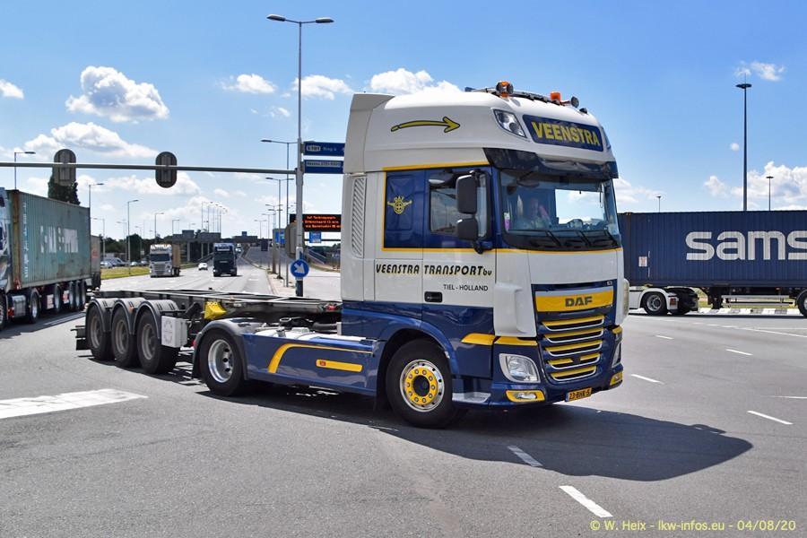 2020816-Rotterdam-Containerhafen-00959.jpg