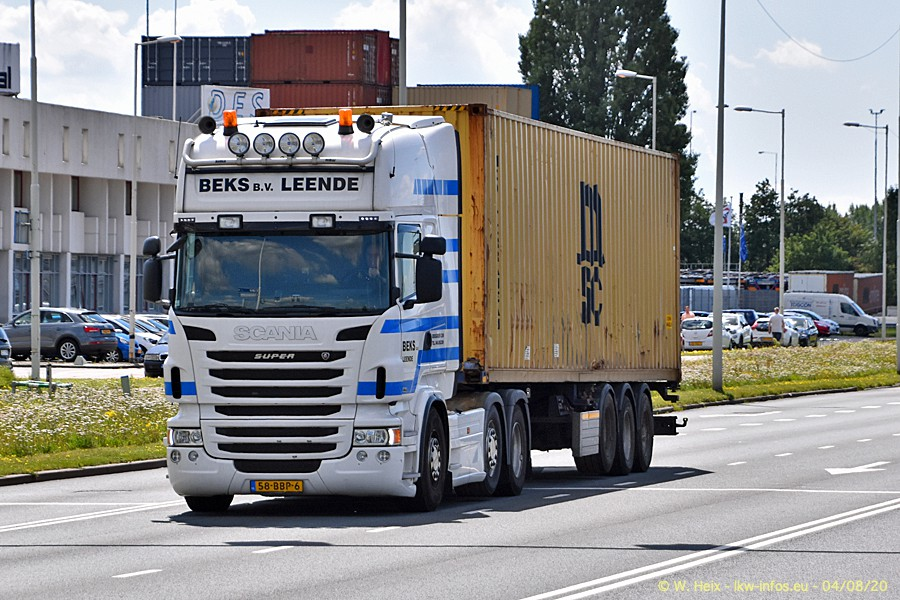 2020816-Rotterdam-Containerhafen-00961.jpg