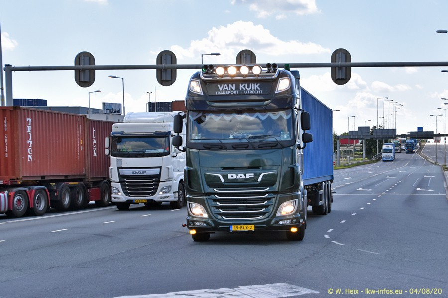 2020816-Rotterdam-Containerhafen-00967.jpg