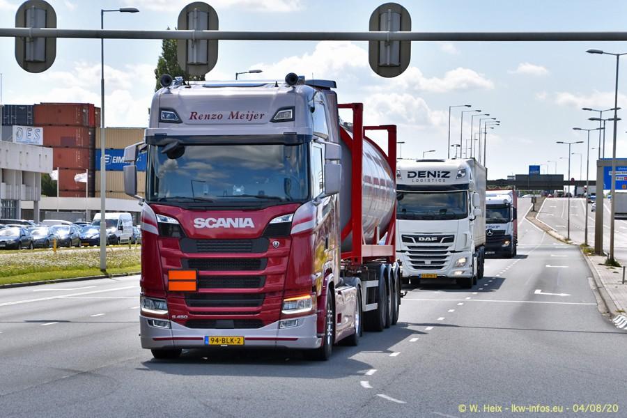 2020816-Rotterdam-Containerhafen-00985.jpg