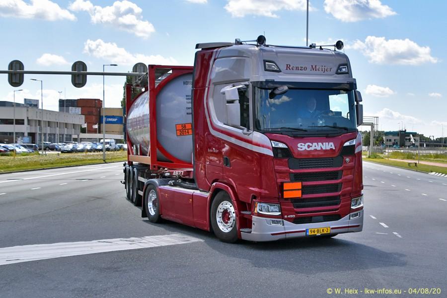 2020816-Rotterdam-Containerhafen-00986.jpg