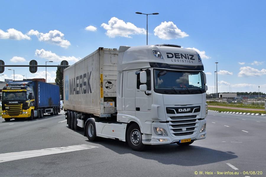 2020816-Rotterdam-Containerhafen-00989.jpg