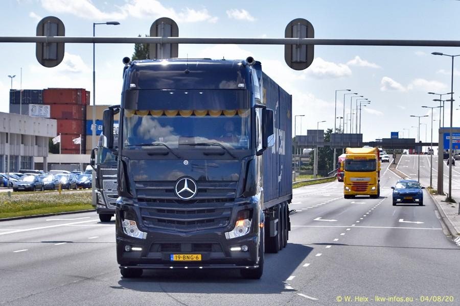 2020816-Rotterdam-Containerhafen-00994.jpg
