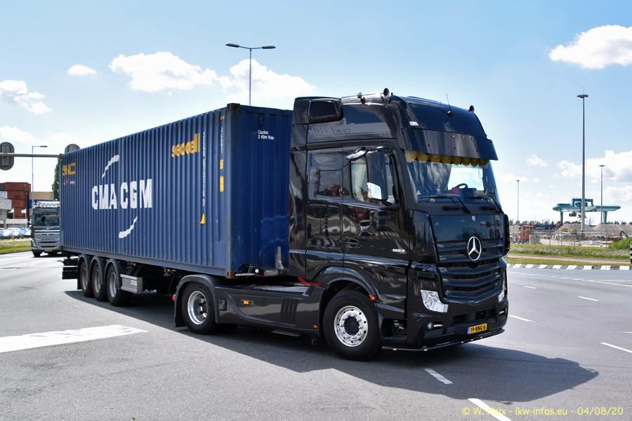 2020816-Rotterdam-Containerhafen-00995.jpg