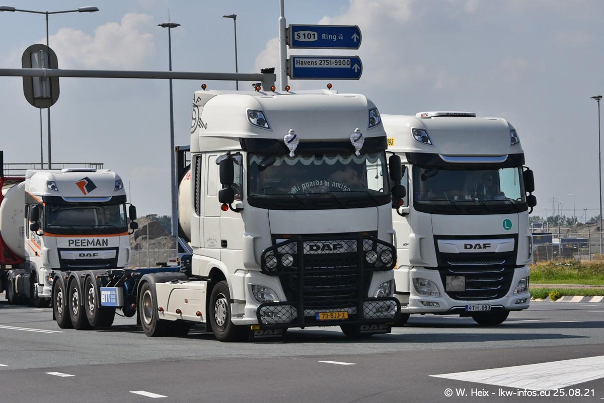 20210902-Rotterdam-Containerhafen-00002.jpg