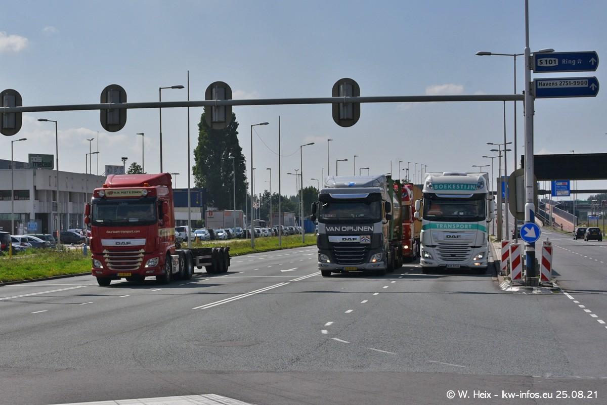 20210902-Rotterdam-Containerhafen-00004.jpg