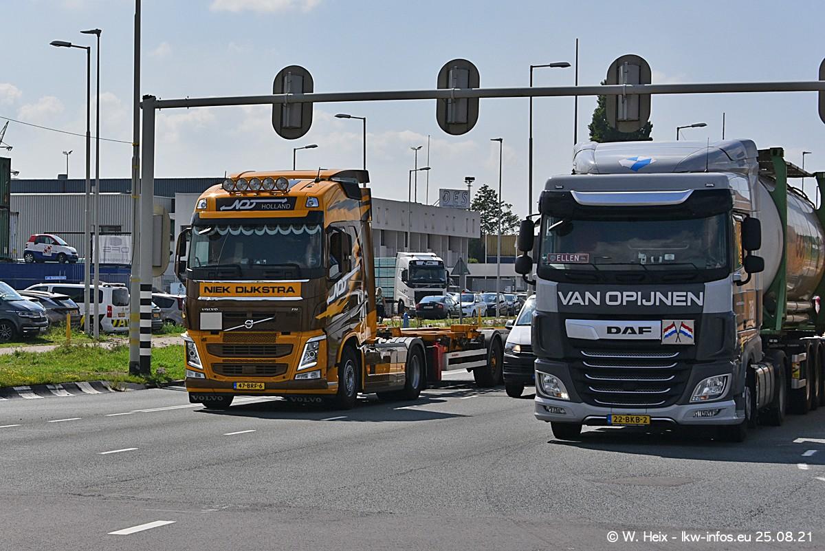 20210902-Rotterdam-Containerhafen-00006.jpg
