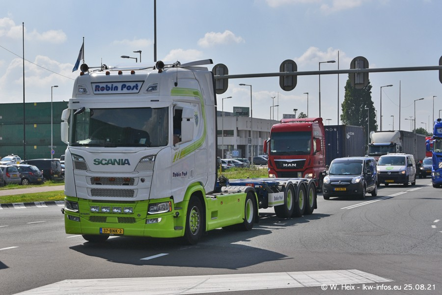 20210902-Rotterdam-Containerhafen-00012.jpg