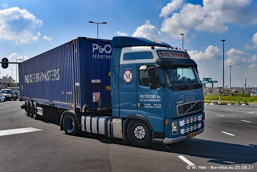20210902-Rotterdam-Containerhafen-00016.jpg