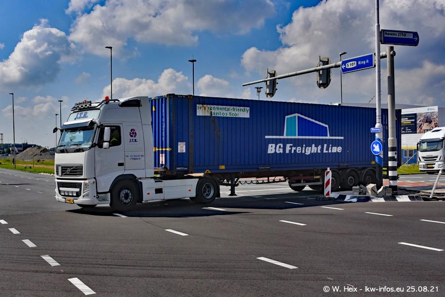 20210902-Rotterdam-Containerhafen-00017.jpg