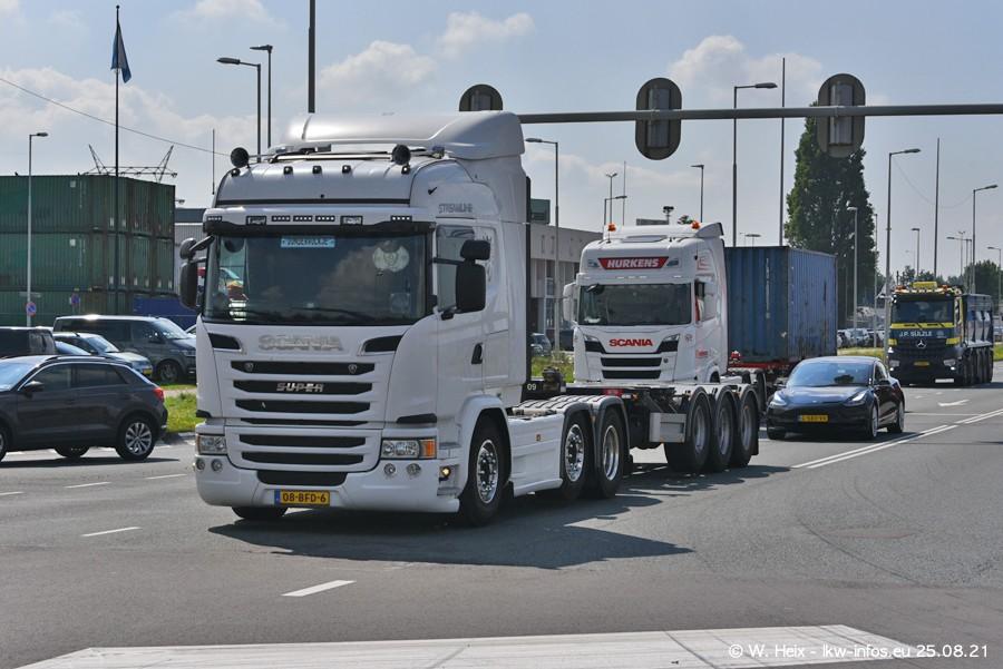 20210902-Rotterdam-Containerhafen-00019.jpg
