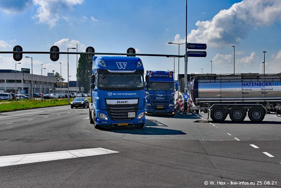 20210902-Rotterdam-Containerhafen-00025.jpg