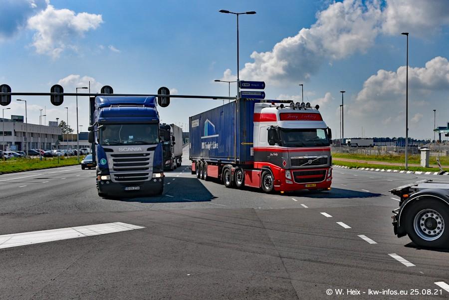 20210902-Rotterdam-Containerhafen-00032.jpg
