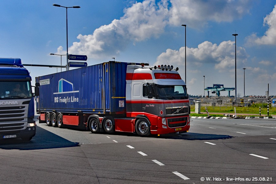 20210902-Rotterdam-Containerhafen-00033.jpg