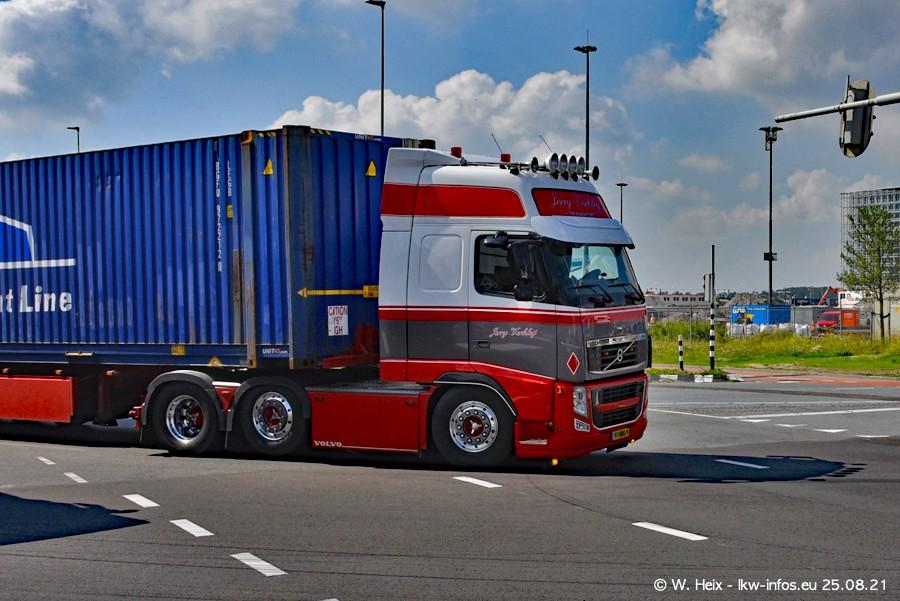 20210902-Rotterdam-Containerhafen-00034.jpg