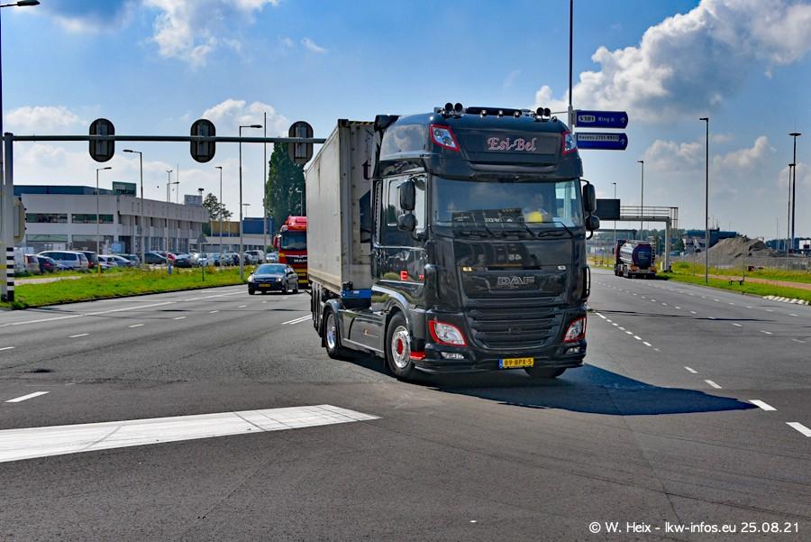20210902-Rotterdam-Containerhafen-00035.jpg