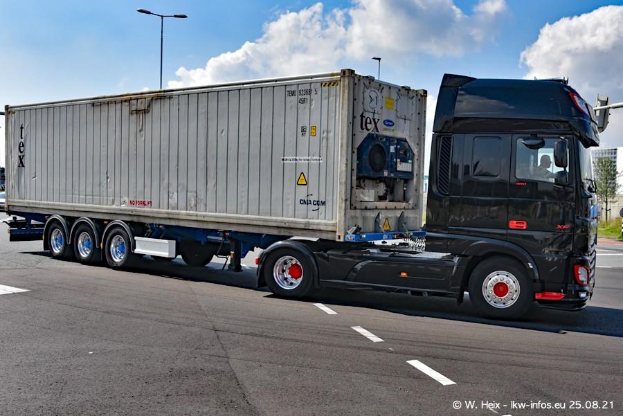 20210902-Rotterdam-Containerhafen-00037.jpg