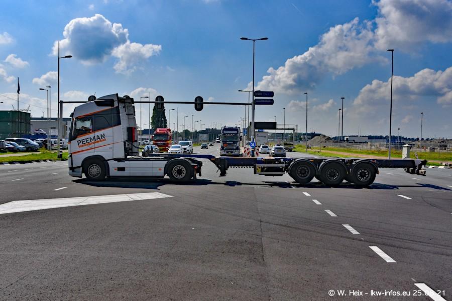 20210902-Rotterdam-Containerhafen-00038.jpg