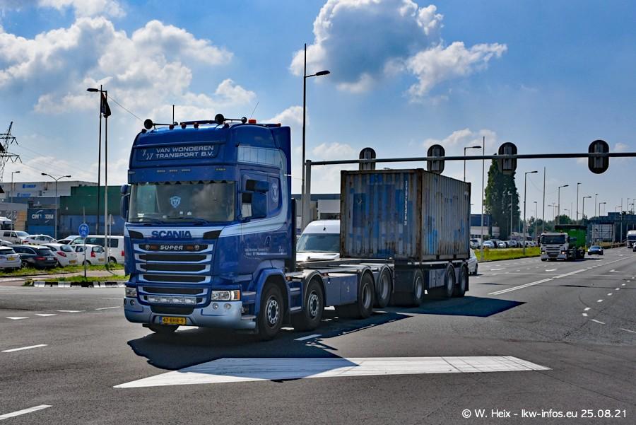 20210902-Rotterdam-Containerhafen-00042.jpg