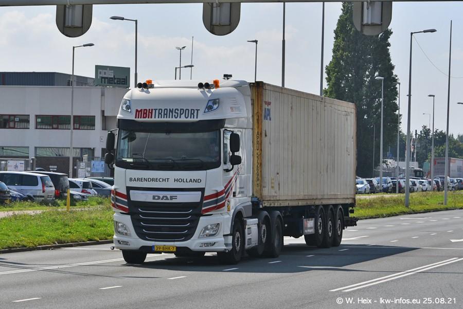 20210902-Rotterdam-Containerhafen-00047.jpg